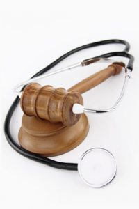 Los Angeles Birth Injury Attorney - stethoscope and gavel